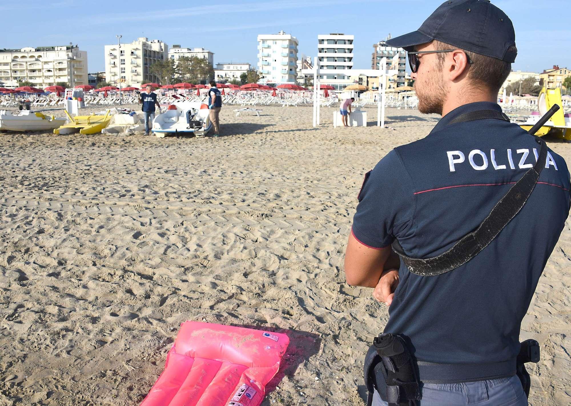 Stupri Rimini la Polizia ha le immagini delle telecamere e le impronte