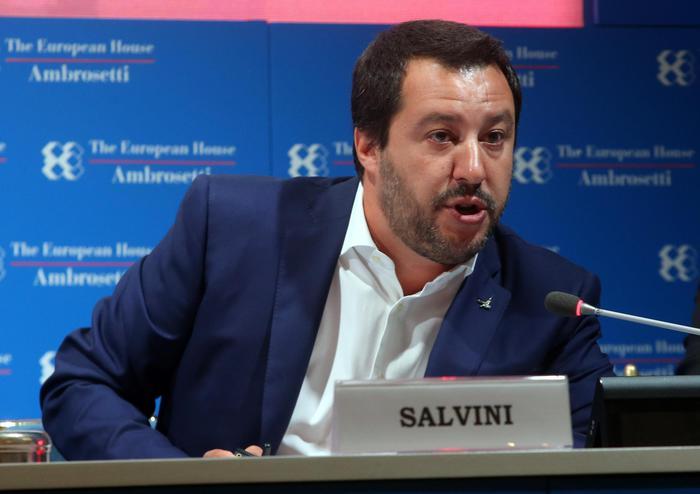 Sfida Salvini-Di Maio a Cernobbio, tra meno tasse e più tecnologia