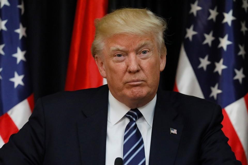 Stati Uniti, Trump cancella il piano per i