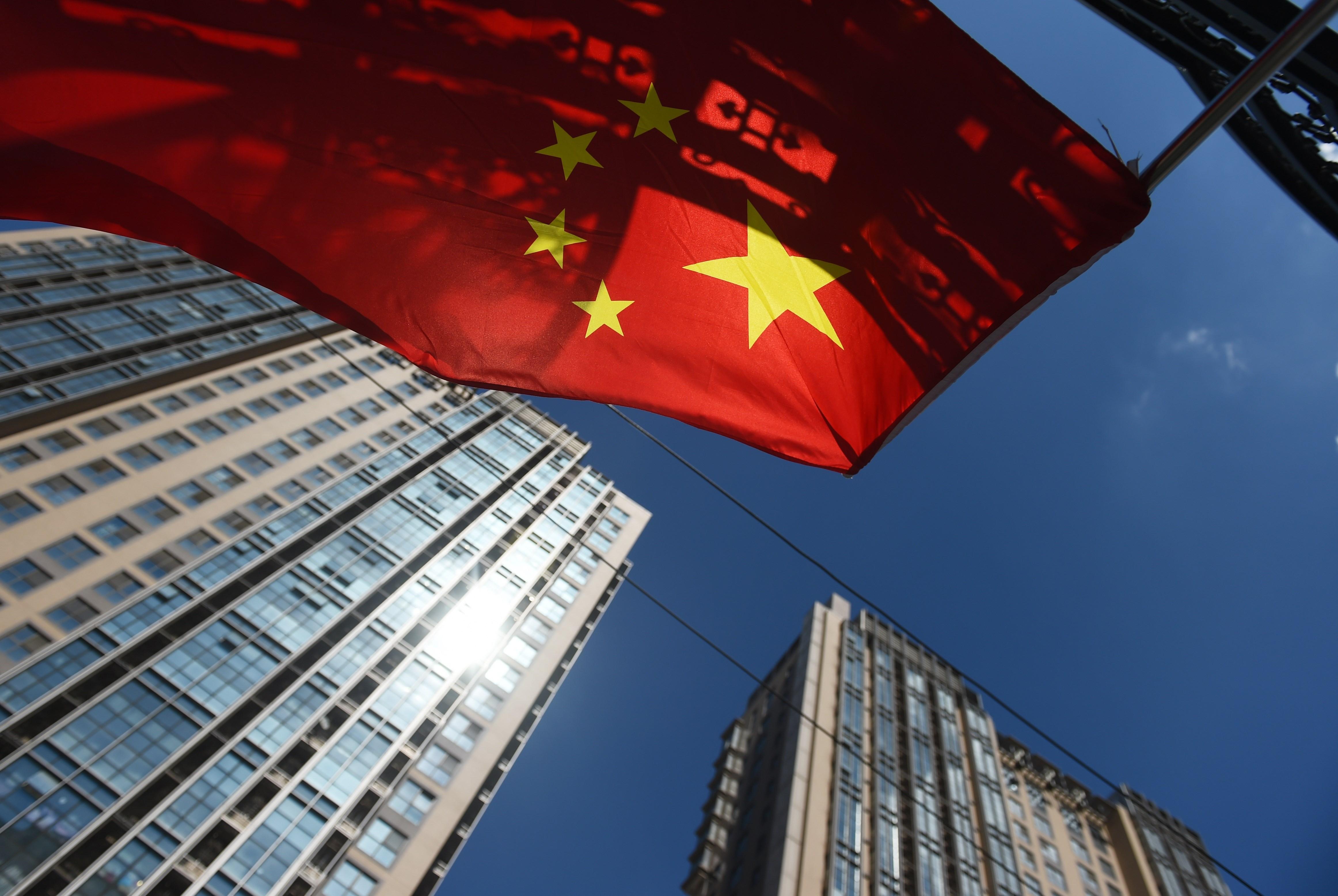 Cina: S&P taglia rating da AA- ad A+