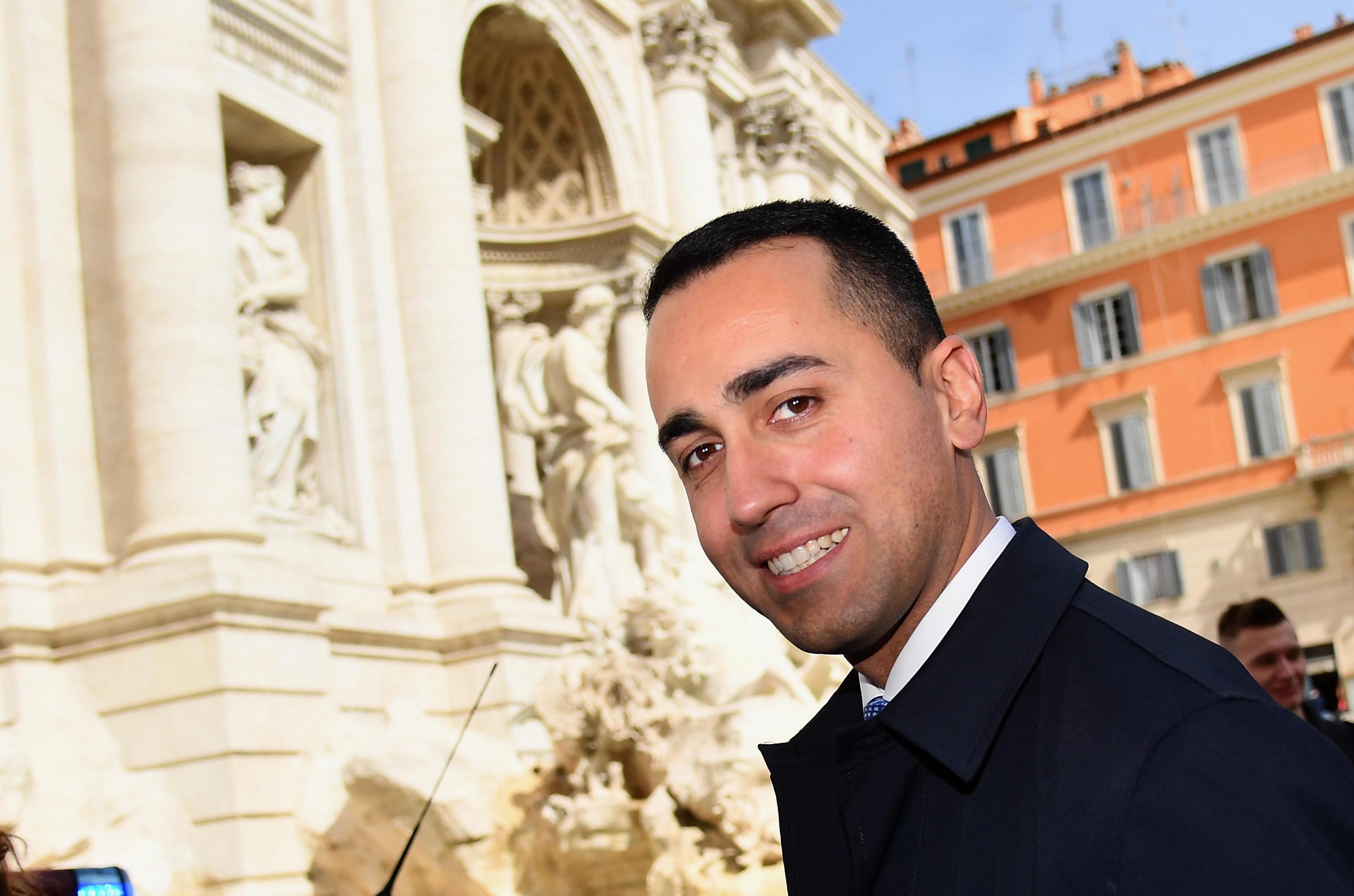Luigi Di Maio detta le regole per le Camere