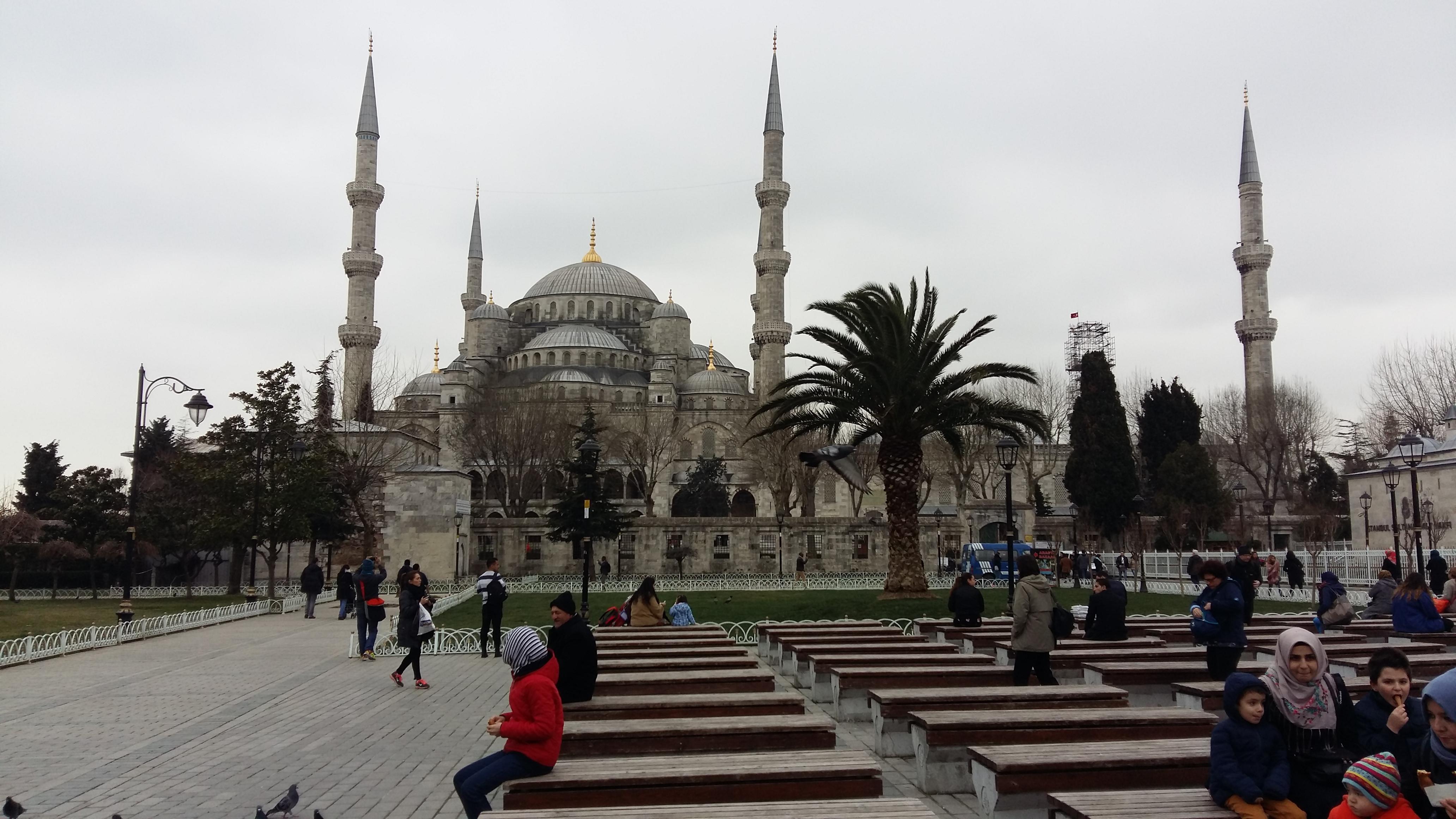Italiano scomparso a Istanbul, l'appello dei genitori alla tv turca
