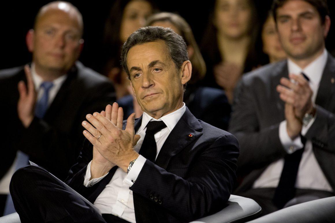 Francia, Sarkozy incriminato per un nuovo caso di corruzione