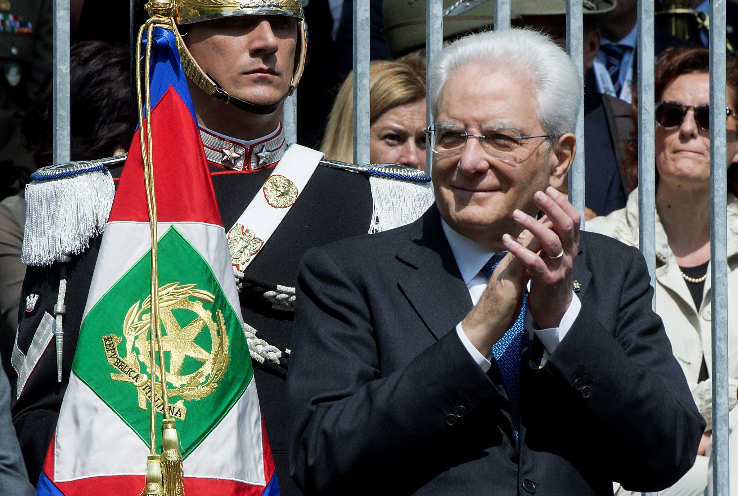 Governo: Mattarella sta logorando Lega e 5 Stelle
