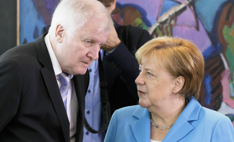 Vertice Ue, Tusk scrive ai 28: dobbiamo decidere chi entra in Europa