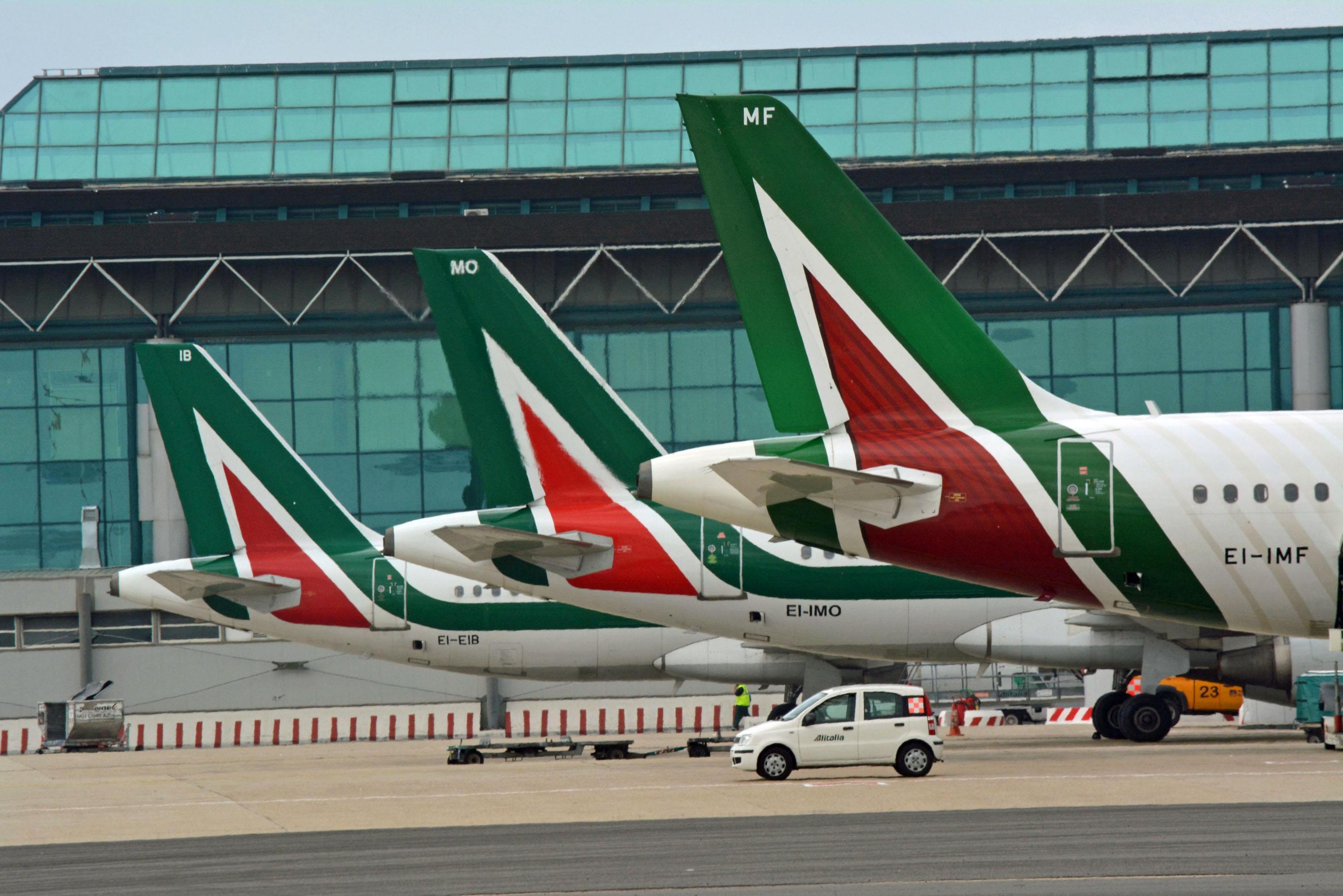 """Toninelli """"Alitalia tornerà al 51% italiana"""""""