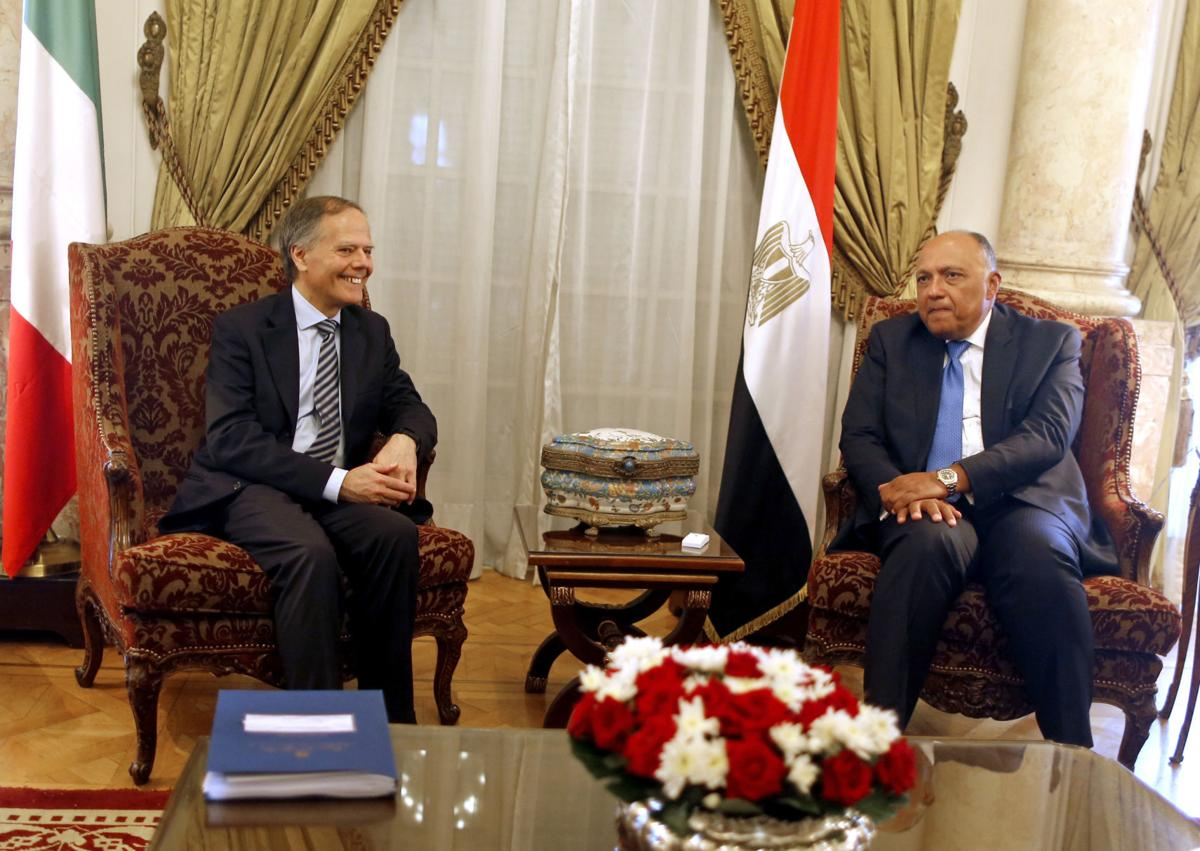 Caso Regeni, Moavero: anche l'Egitto vuole verità
