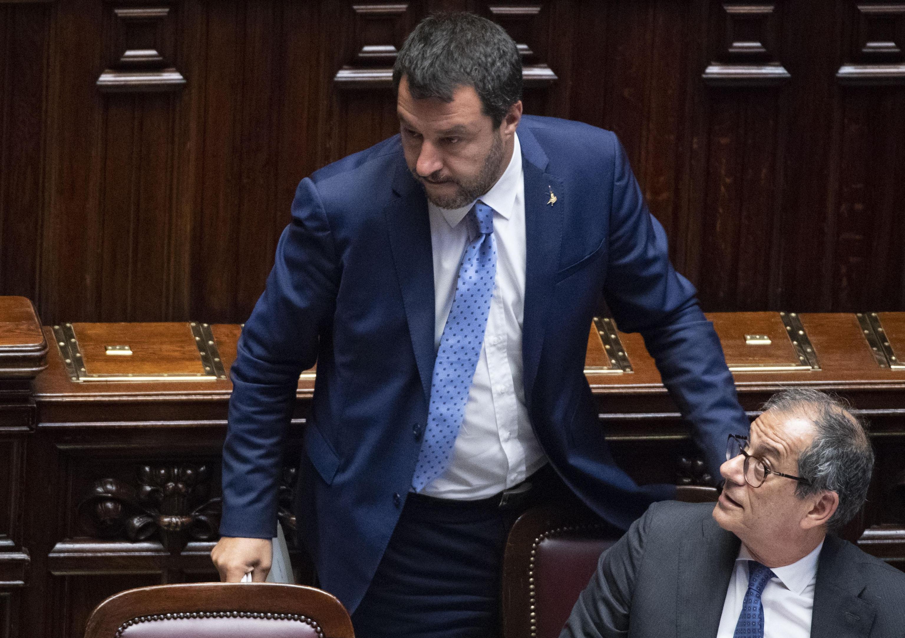 Salvini contro Tria, l'ultimatum: