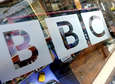 Assistenti vocali: BBC sfida Amazon e Google