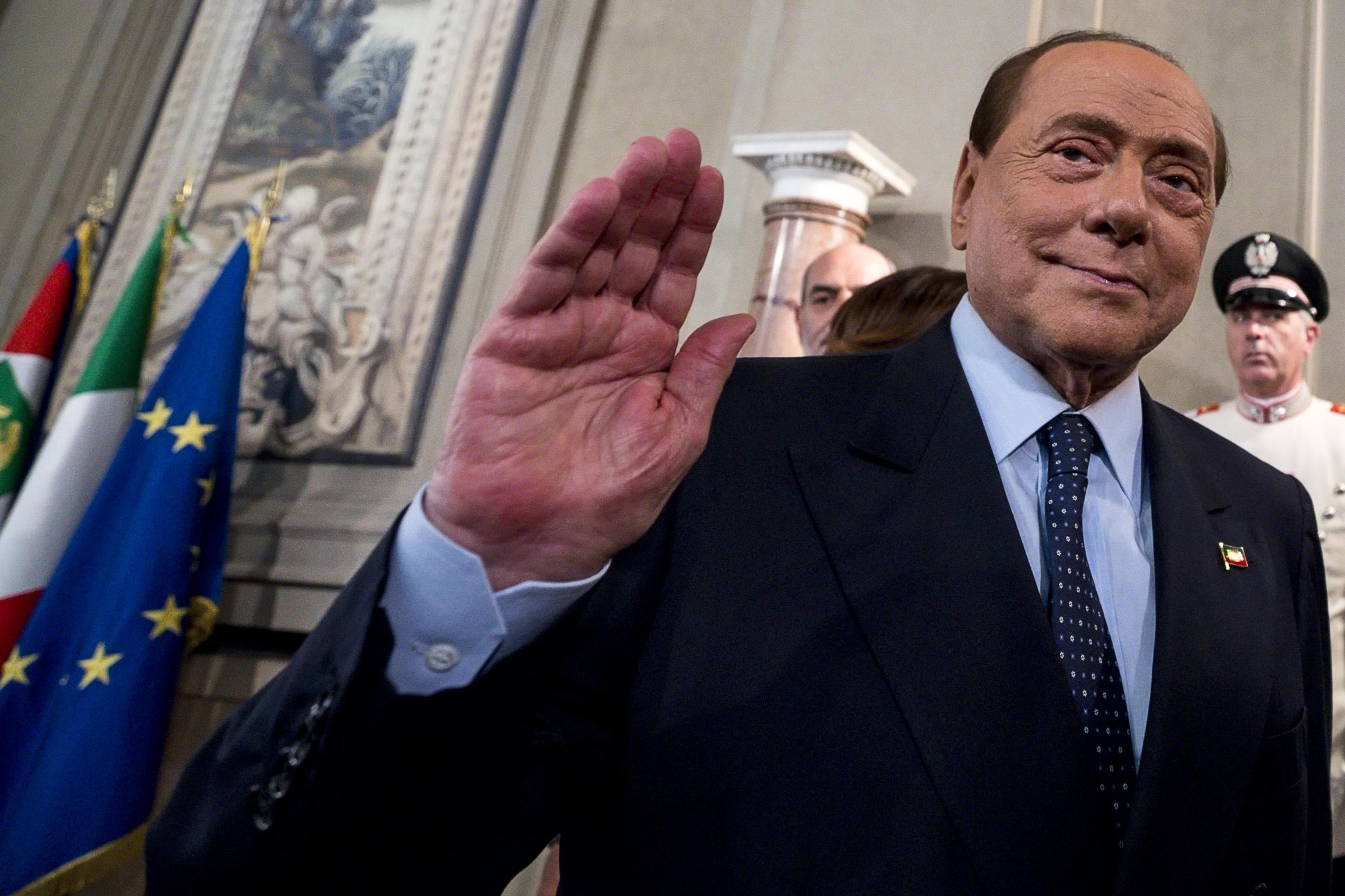 Berlusconi attacca: