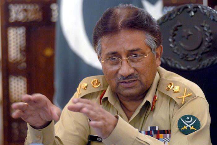 Musharraf condannato a morte