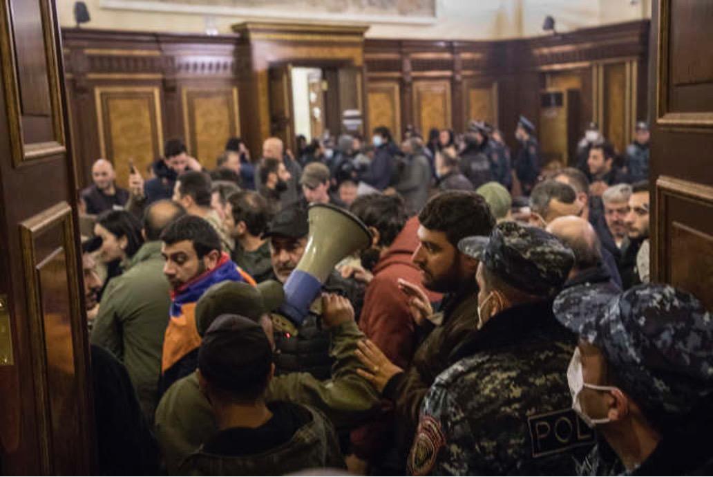Nagorno: Putin, cessate il fuoco completo tra Azerbaigian e armeni